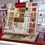 Design du testeur général maquillage de Clarins